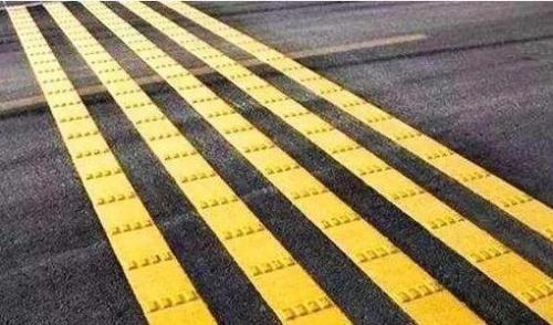 停车场划线——振荡标线