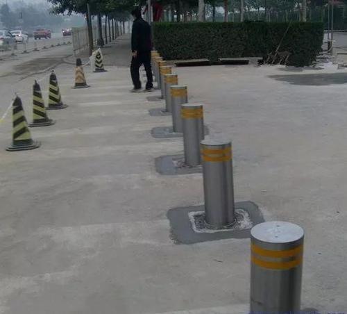 郑州升降柱厂家带你了解升降柱的工作原理